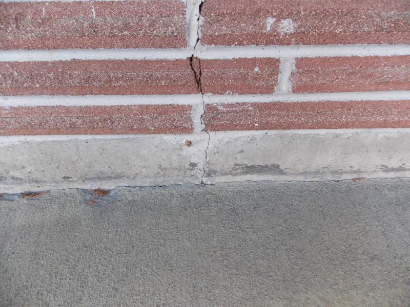 Cracked Stemwall